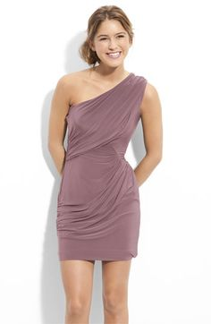 one shoulder dresses are amazzzing