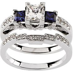 @Matt Nickles Nickles Valk Chuah Jewelry Hut Fancy Designer Antique Retro. Vintage Style Diamonds, The most Precious of Gems, and Sapphire in Gold Engagement Ring and Diamonds Wedding Band Set. On Sale $1,852.00