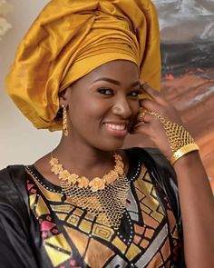 African Dresses For Women, African Fashion Dresses, African Traditional Wear, Traditional Wedding, Kaftan, Marie, Glamour, Wedding Dresses, How To Wear