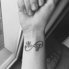 tattoo names on wrist - tattoo names - tattoo names kids - tattoo names ideas - tattoo names fonts - tattoo names for men - tattoo names ideas husband - tattoo names on wrist - tattoo names on arm Mom Tattoos, Wrist Tattoos, Couple Tattoos, Trendy Tattoos, Finger Tattoos, Body Art Tattoos, Small Tattoos, Kids Initial Tattoos, Tattoos With Kids Names
