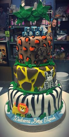 Jungle Themed Baby Shower Cake - Adrienne & Co. Safari Baby Shower Cake, Baby Shower Cakes, Baby Shower Themes, Shower Ideas, Girl Cakes, Future Baby, Jr, Bakery, Birthday Cake