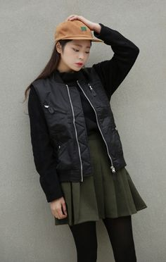 10's trendy style maker en.66girls.com! Pocketed Zip-Up Vest (DERZ) #66girls #kstyle #kfashion #koreanfashion #girlsfashion #teenagegirls #fashionablegirls #dailyoutfit #trendylook #globalshopping