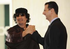 Gheddafi e Assad, criminali? Fidel Castro, Green Books, Revolutionaries, Videos, Presidents, Mens Sunglasses, Israel, Europe, King