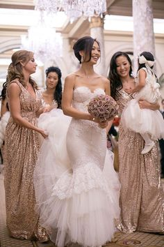 Fashion Elegant V-neckline Sequins Bridesmaid Dress