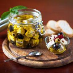 Pácolt provence-i feta sajt Kefir, Healthy Recipes, Healthy Food, Mozzarella, Pesto, Food And Drink, Pudding, Desserts, Healthy Foods