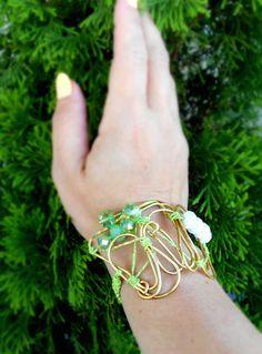 wire bracelet Cuff Bracelets, Wire, Jewelry, Jewlery, Jewerly, Schmuck, Jewels, Jewelery, Fine Jewelry