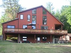 Sunny Adirondack Getaway, Mountain Views, Perfect for Families, Pet Friendly - Chestertown Moose Cafe, Bolton Landing, Ski Weekends, Unique Cafe, Huge Windows, Lake George, Mountain View, Hotels And Resorts, Game Room