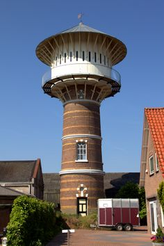 Watertoren Nijkerk Beautiful Architecture, Art And Architecture, Tower Building, Water Tower, Old Buildings, Water Tank, Lighthouses, Windmill, Ramen