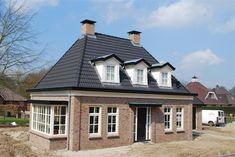 notarishuis bouwen - Google zoeken Bungalow, Dutch Netherlands, Archi Design, Home Design Plans, Facade, Building A House, Brick, House Plans, Exterior