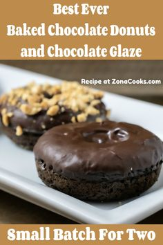 Baked Chocolate Donuts with Chocolate Glaze small batch - Whip up this quick and easy baked small batch of chocolate cake donuts with chocolate glaze topping. Add extra toppings like sprinkles, nuts, or gummy worms. This is the perfect weekend breakfast for two. #donuts #SmallBatch #RecipesForTwo #BreakfastForTwo Chocolate Glaze Recipes, Chocolate Cake Donuts, Donut Recipes, Dessert Recipes, Breakfast Recipes, Yummy Treats, Sweet Treats, Small Batch Baking, Baked Donuts