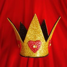 Queen of Hearts Sparkle crown, Tim burton style, mini crown, Alice in Wonderland, halloween, cosplay