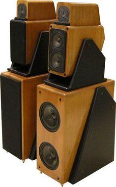 Fi Car Audio, Pro Audio Speakers, Big Speakers, Audiophile Speakers, Horn Speakers, Hifi Audio, Speaker Box Design, Recording Studio Design, Audio Design