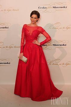 Modelka Andrea Verešová vyzerala Prom Dresses, Formal Dresses, Celebrity, Model, Red, Style, Fashion, Dresses For Formal, Swag