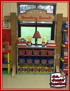 Jones' Junction: Monday Made It and Classroom Pictures Day 3 Forest Classroom, New Classroom, Kindergarten Classroom, Classroom Themes, Farm Classroom Decorations, Physics Classroom, Classroom Displays, Cowboy Theme, Western Theme