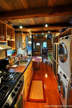 Rocky Mountain Tiny Houses pulls out all the stops – Tiny House for Us