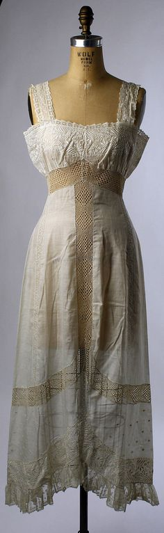 Petticoat, 1909-11                                                                                      Date:                                        1909–11                                                          Culture:                                        French (probably)