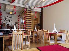 Hoy tuvimos la oportunidad de conocer Café con Fuego Bistro @ccf_bistro hermoso espacio para compartir en la Av. Centurión de Nueva Barcelona muy acogedor y la atención excelente. Ah el café por supuesto estuvo perfecto. Lo certificamos!  Los invitamos a seguirlos y más importante a visitarlos.  #MiradasMagazine #MiradasRadio #Miradas #Anzoategui #Mochima #Turismo #Gastronomia #Arte #Mercadeo #Tecnologia