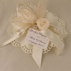 koufeta/ bomboniere/ wedding favor with jordan almonds   $7.50 Wedding Favors With Jordan Almonds, Italian Wedding Favors, Baptism Favors, Dream Wedding, Wedding Dreams, First Communion, Wedding Cards, To My Daughter, Arts And Crafts