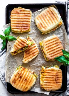 Veggie Loaded Egg and Bacon Breakfast Paninis — My Diary of Us Breakfast Panini, Bacon Breakfast, Breakfast On The Go, Breakfast Recipes, Panini Recipes, Frozen Strawberries, Pain, Crockpot Recipes, Meal Prep