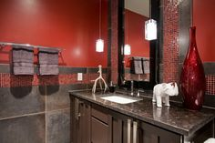 Bathroom Black Granite Countertops Design, Pictures, Remodel, Decor and Ideas Gray And White Bathroom, Bathroom Red, Yellow Bathrooms, Charcoal Bathroom, Basement Bathroom, Contemporary Bathroom Designs, Modern Bathroom Decor, Bathroom Ideas, Black Granite Countertops