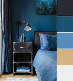לצלול למצולות השינה בחדר שנעטף בכחולים (צילום: Alan Gastelum)  Bedroom and blue color palette