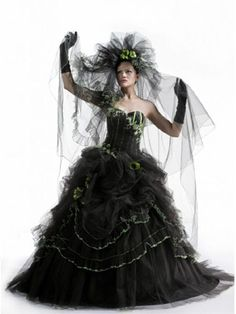 The Lovely Black And Green Wedding Gown Manuella B1327 By