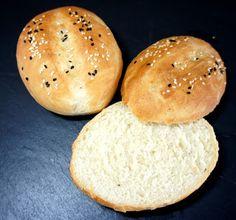 Kochglück: Sesam-(Burger)Brötchen