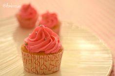 We love all things sugar & nice <3 #PinkVanilla #PinkSwirls #Buttercream #Vanilla #Cupcakes #Desserts #SweetTreats #FoodPhotography #Ambrosia