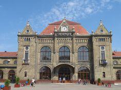 All sizes | IMG_4996 Arad train station | Flickr - Photo Sharing!