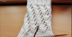 48 total stitches wool from super yarn double pointed needles .white 48 total stitches wool from super yarn double pointed needles . Bed Socks, Knitting Socks, Knit Socks, Knitting Projects, Ravelry, Needlework, Crochet Patterns, Applique Stitches, Wool Yarn