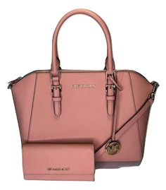 Save big on the Michael Kors Large Top Zip Ciara and Matching Trifold Wallet Pale Pink Saffiano Leather Satchel! This satchel is a top 10 member favorite on Tradesy. Satchel Purse, Leather Satchel, Leather Wallet, Gypsy Bag, Purses And Handbags, Mk Handbags, Designer Handbags, Womens Purses, Fashion Bags