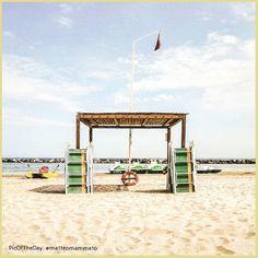 Enjoy the silence ⛱. La #PicOfTheDay #turismoer di oggi accarezza il silenzio della fine dell'estate in spiaggia a #TorrePedrera, #Rimini. Complimenti e grazie a @matteomammato! /  Enjoy the silence.  Today's #PicOfTheDay #turismoer is brushing the tipycal silence that mark the end of summer on the beach of Torre Pedrera, Rimini. Congrats and thanks to @matteomammato!