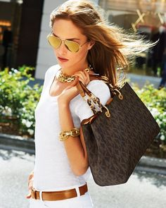 40 Street Fashion Fashionably Beautiful...The #Michael#Kors purse and accessories please!