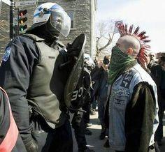 police vs punk om do vocé moda poi Teniara om no......