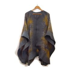 Felted Silk Poncho Gray Grey (2.265 CZK) ❤ liked on Polyvore featuring outerwear, grey, women's clothing, grey poncho and silk poncho