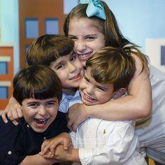 A semana chegou e trouxe com ela a alegria de cada recomeço.  Vamos ser feliz? ------------------ A new week begins and brought the joy of the restart.  Let's be happy?  #tramelamultimídia #vamostramelar #boratramelar #boasemana #segunda #monday #happiness #happy #alegria #felicidade #kids #crianças #birthday #aniversário #pernambuco #brasil