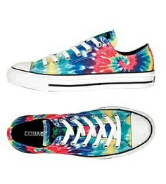 Oh my goodness, I want tie-dye Converse low-tops so bad!