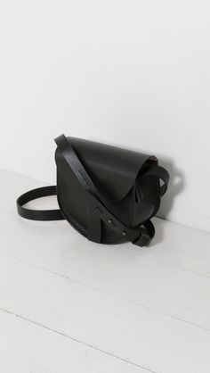 Sara Barner SB Saddle Bag in Black | The Dreslyn