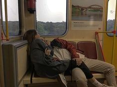 Shared by Relationship. Find images and videos about love, boy and couple on We Heart It - the app to get lost in what you love. Cute Relationship Goals, Cute Relationships, Distance Relationships, Healthy Relationships, Cute Couples Goals, Couple Goals, Summer Love Couples, Emo Couples, The Love Club