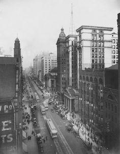 Euclid Avenue, Cleveland Ohio, 1914 - (The Cleveland Public Library Collection/courtesy of Turner Publishing)