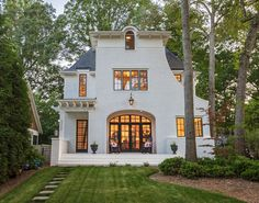 September 2016 – Featured Home in SouthPark Magazine 2300 Bay Street Chantilly Charlotte, NC