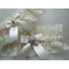 Chantilly Lace Garter??  Yes, please!