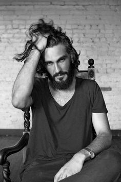 Discover the salt water and sun exposed look of surfer hair for men. Explore 50 beach inspired men's hairstyles with cool cuts as close to the perfect wave. Beards And Mustaches, Hair And Beard Styles, Long Hair Styles, Man Bun, Beard No Mustache, Facial Hair, Male Beauty, Messy Hairstyles, Bearded Men