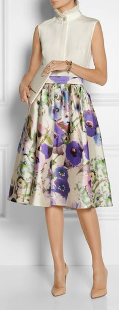 gorgeous #floral print satin skirt http://rstyle.me/n/g996wr9te
