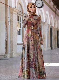 Modanisa Elbise Modelleri 2016 - Women's style: Patterns of sustainability Hijab Gown, Hijab Style Dress, Hijab Outfit, Abaya Fashion, Modest Fashion, Fashion Dresses, Muslim Women Fashion, Islamic Fashion, Modele Hijab
