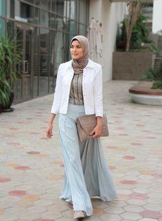 hijab chic aqua maxi skirt - Beautiful hijab trends 2016 http://www.justtrendygirls.com/beautiful-hijab-trends-2016/