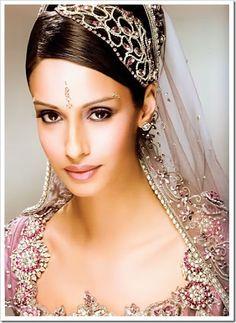 Indian Wedding Dresses : Wedding