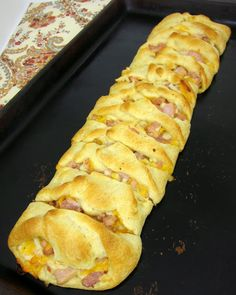 Honey Mustard Ham & Cheese Braid recipe (uses crescent ingredients) easy & delicious! Ham Recipes, Great Recipes, Cooking Recipes, Favorite Recipes, Delicious Recipes, I Love Food, Good Food, Yummy Food, Brunch