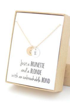Blonde et brune meilleur ami monogramme or & par powderandjade