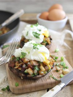 These jalapeno cilantro hash stuffed portobellos are deliciously salty from the bacon with a kick of spice and topped off with a poached runny egg.